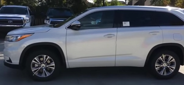 Toyota Highlander 2017.