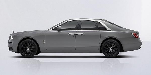 Rolls Royce Ghost 2021.