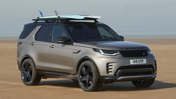 Land Rover Discovery 2021.