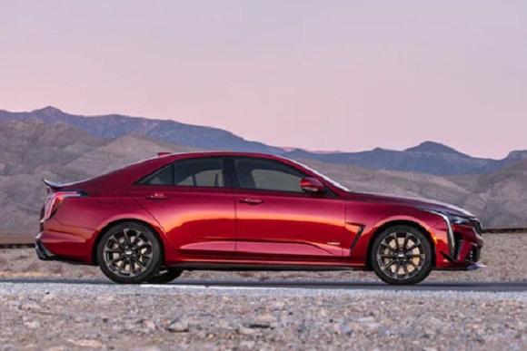 Cadillac CT4-V BlackWing 2022.