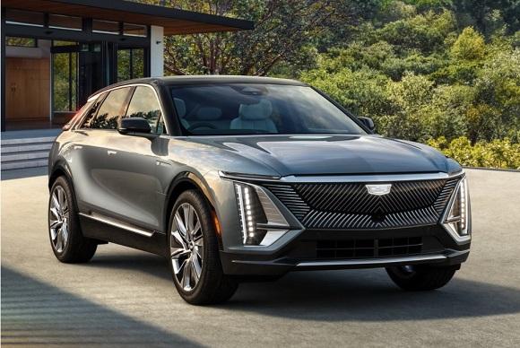 Cadillac Lyriq 2023.
