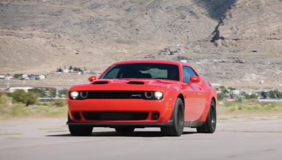 Dodge Challenger SRT Super Stock 2021.