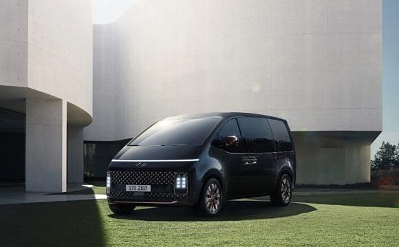 Hyundai Staria 2021.